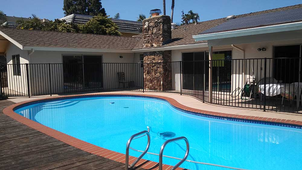nobleliving_eldercarehome_hillslane_pool